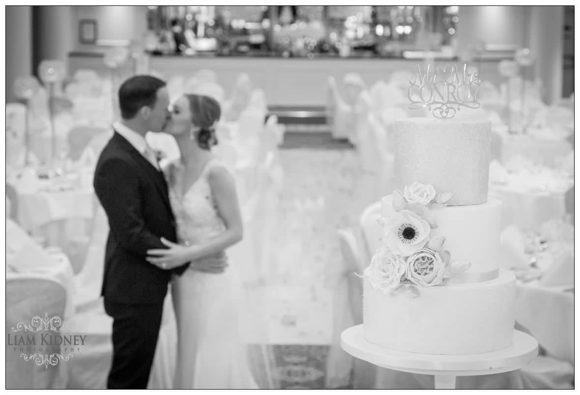 Bloomfield Hotel Wedding cake