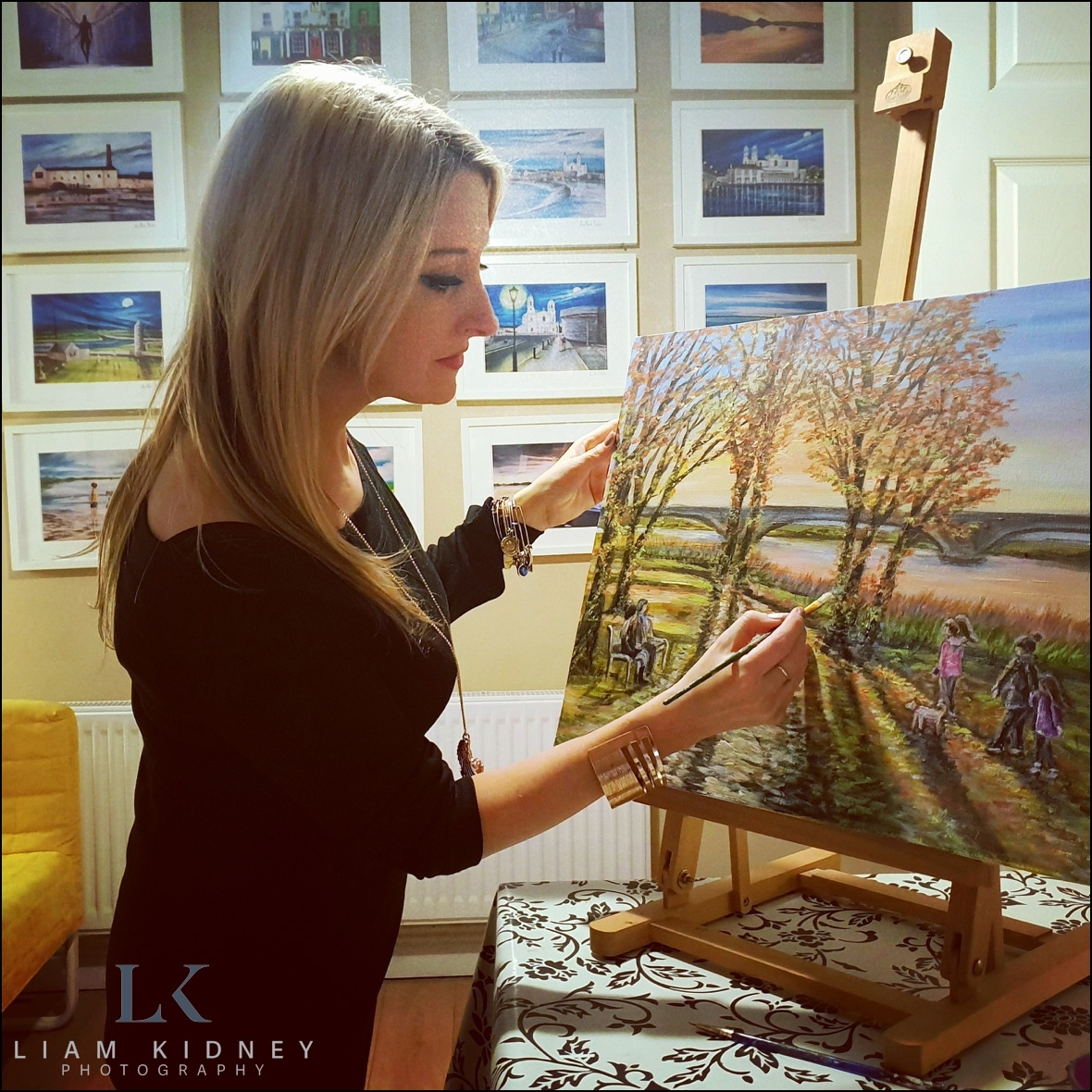 Local Artist Anna Boles Painted Picture of Couple's Wedding Liam Kidney Photography